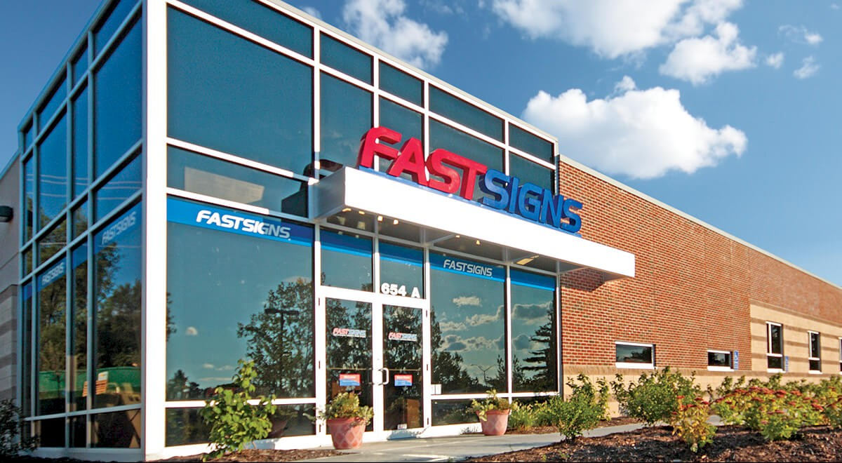 FASTSIGNS Retail and Restaurants commercial construction finished picture 1